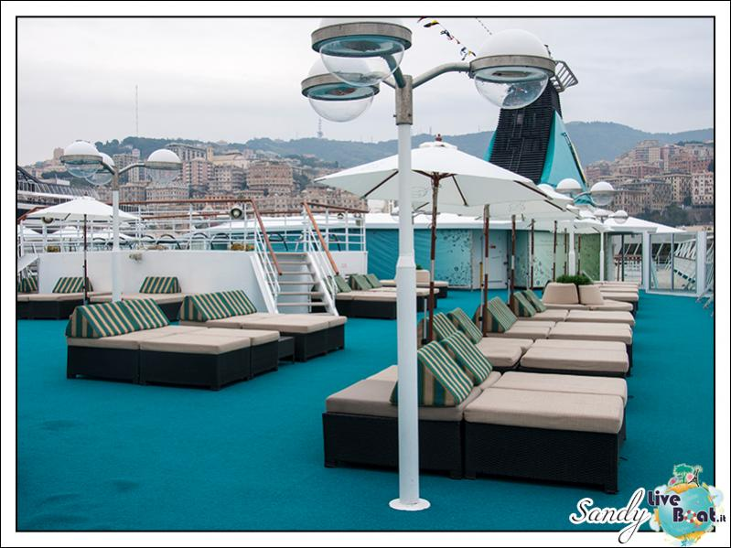 M/S Artania - Lounge Sonnen Deck-liveboat-phoenix-reisen-lounge-sonnen-deck-01-jpg