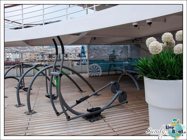 M/S Artania - Sports Park-liveboat-phoenix-reisen-sports-park-01-jpg