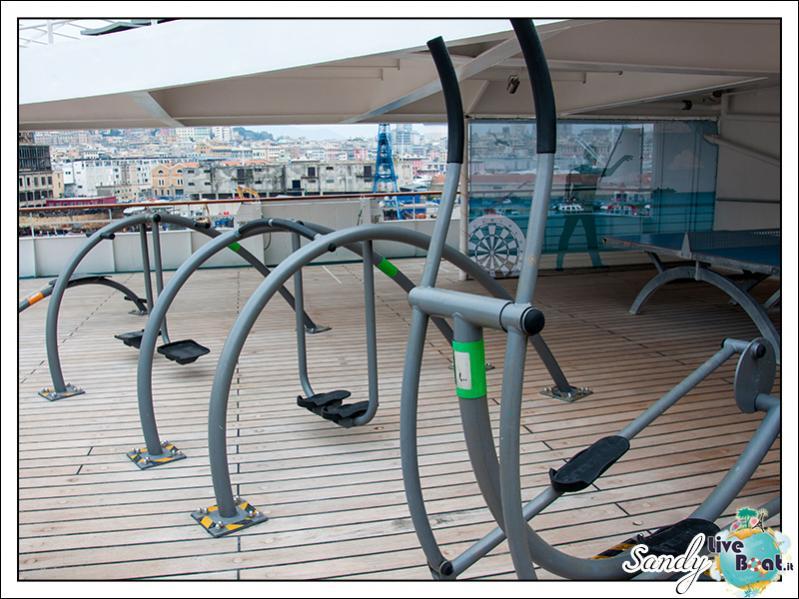 M/S Artania - Sports Park-liveboat-phoenix-reisen-sports-park-02-jpg