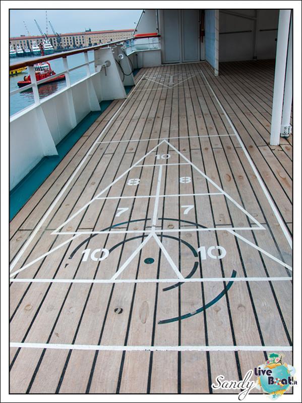 M/S Artania - Sports Park-liveboat-phoenix-reisen-sports-park-03-jpg
