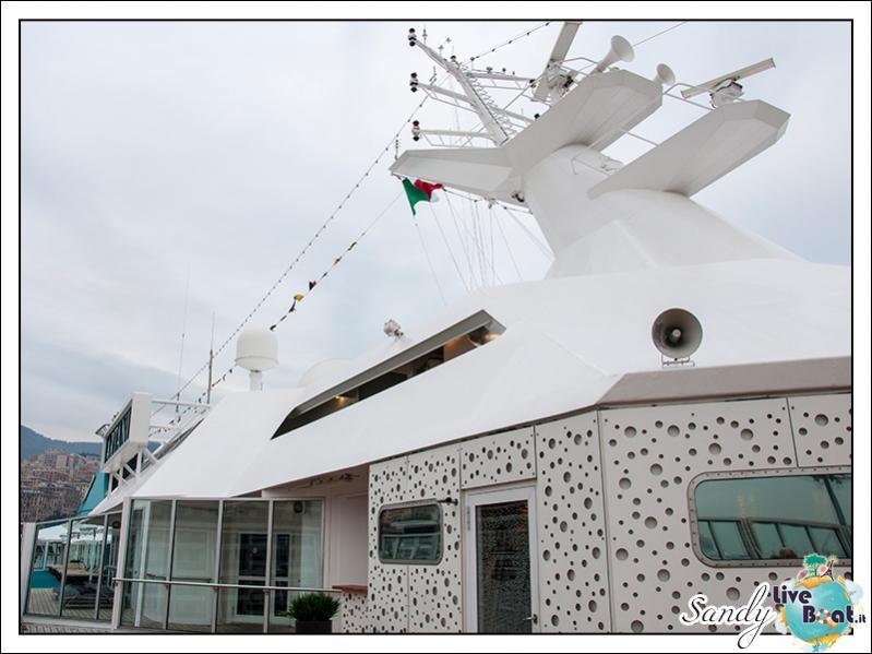 M/S Artania - Passeggiando per la nave-liveboat-phoenix-reisen-13-jpg