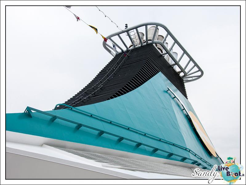 M/S Artania - Passeggiando per la nave-liveboat-phoenix-reisen-17-jpg