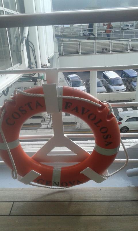 2015/11/20 Costa Favolosa partenza da Savona-uploadfromtaptalk1448020996875-jpg