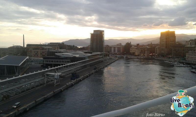 2015/11/20 Costa Favolosa partenza da Savona-7foto-liveboat-costa-favolosa-jpg