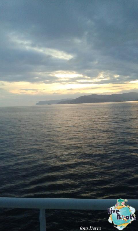 2015/11/20 Costa Favolosa partenza da Savona-1foto-liveboat-costa-favolosa-jpg