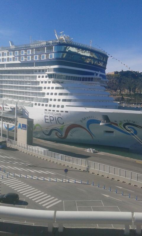 2015/11/22 Costa Favolosa, Barcellona-uploadfromtaptalk1448201754545-jpg