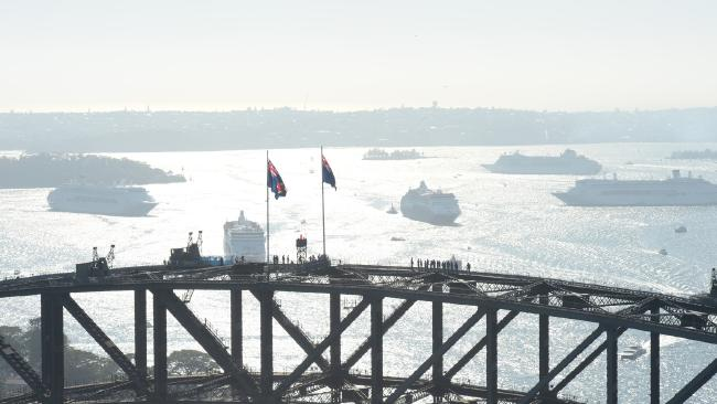 It's Time to Say Goodbye - Tributo a MS RYNDAM e MS STATENDAM-67c6d3fde81ad26ec2d25a0a18b333ee-sydney-fleet-jpg