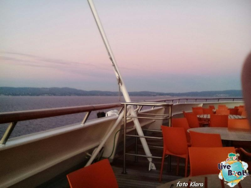 2015/12/07 Costa neoClassica Kalamata, Greece-9foto-liveboat-costa-neoclassica-jpg