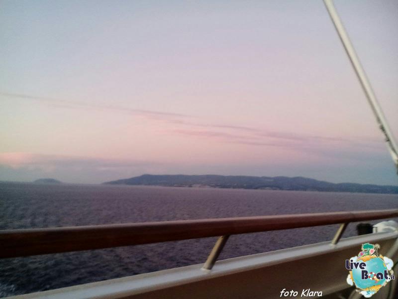 2015/12/07 Costa neoClassica Kalamata, Greece-24foto-liveboat-costa-neoclassica-jpg