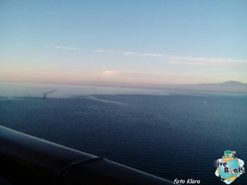2015/12/07 Costa neoClassica Kalamata, Greece-44foto-liveboat-costa-neoclassica-jpg