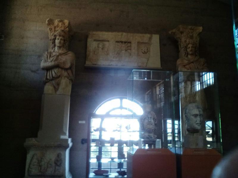 2015/12/08 Costa neoClassica Nauplia-museo-archeologico-corinto-nauplia-diretta-liveboat-crociere-12-jpg