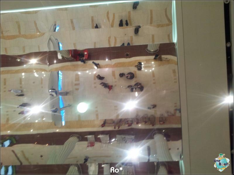 2015/12/12 Dubai Imbarco Msc Musica-liveboat032-crociere-msc-musica-dubai-emirati-arabi-jpg