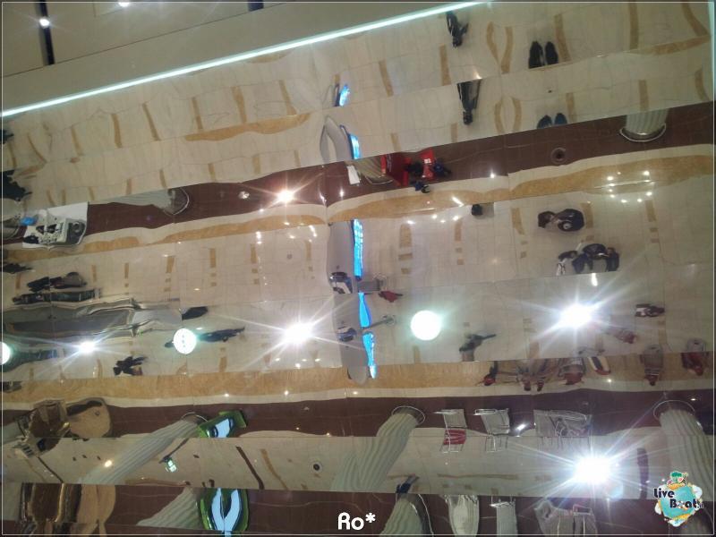 2015/12/12 Dubai Imbarco Msc Musica-liveboat043-crociere-msc-musica-dubai-emirati-arabi-jpg