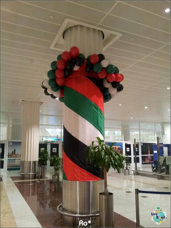 2015/12/12 Dubai Imbarco Msc Musica-liveboat047-crociere-msc-musica-dubai-emirati-arabi-jpg