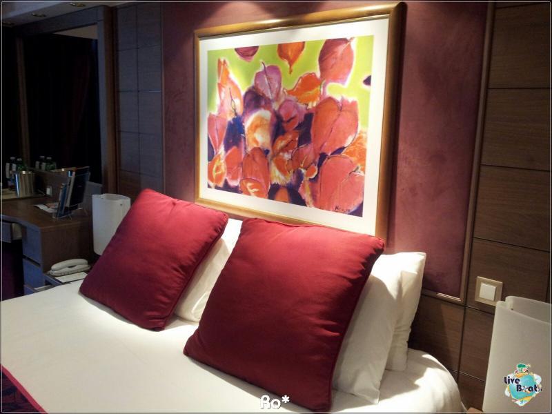 2015/12/12 Dubai Imbarco Msc Musica-liveboat086-crociere-msc-musica-dubai-emirati-arabi-jpg