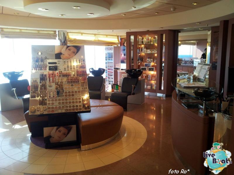 2015/12/14 Navigazione Msc Musica-17foto-liveboat-msc-musica-jpg