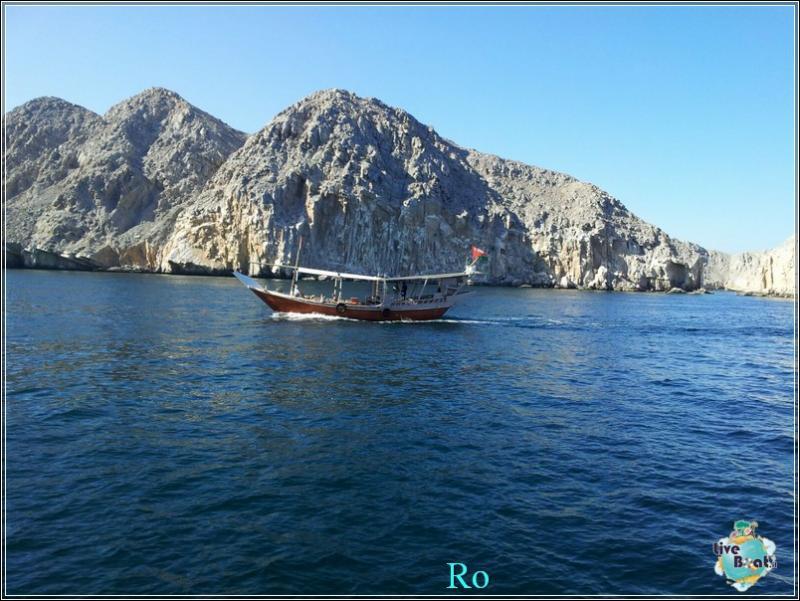 2015/12/17 Khasab Msc Musica-foto-msc-musica-khasab-crociera-blogger-forum-crociere-liveboat-18-jpg