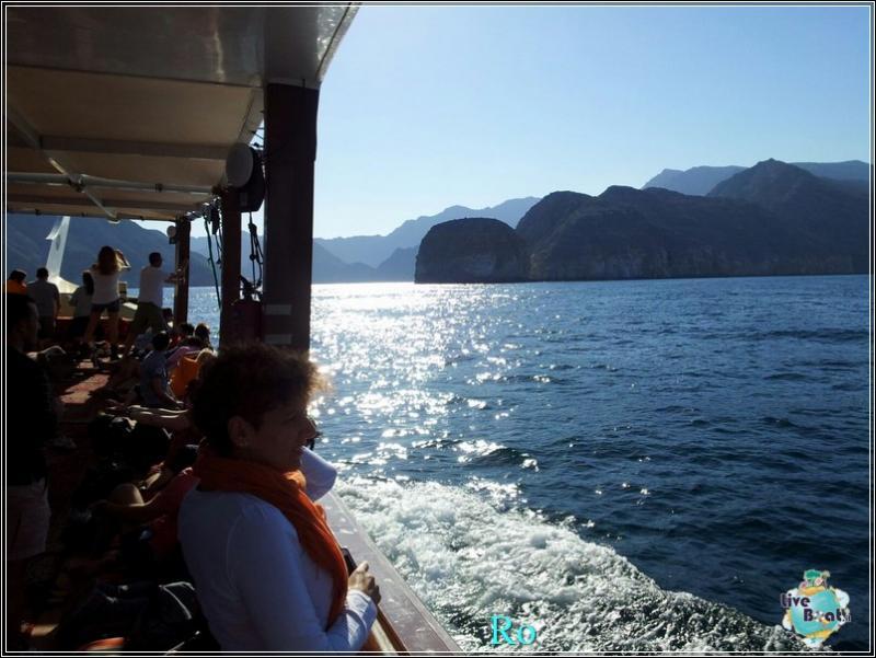 2015/12/17 Khasab Msc Musica-foto-msc-musica-khasab-crociera-blogger-forum-crociere-liveboat-19-jpg