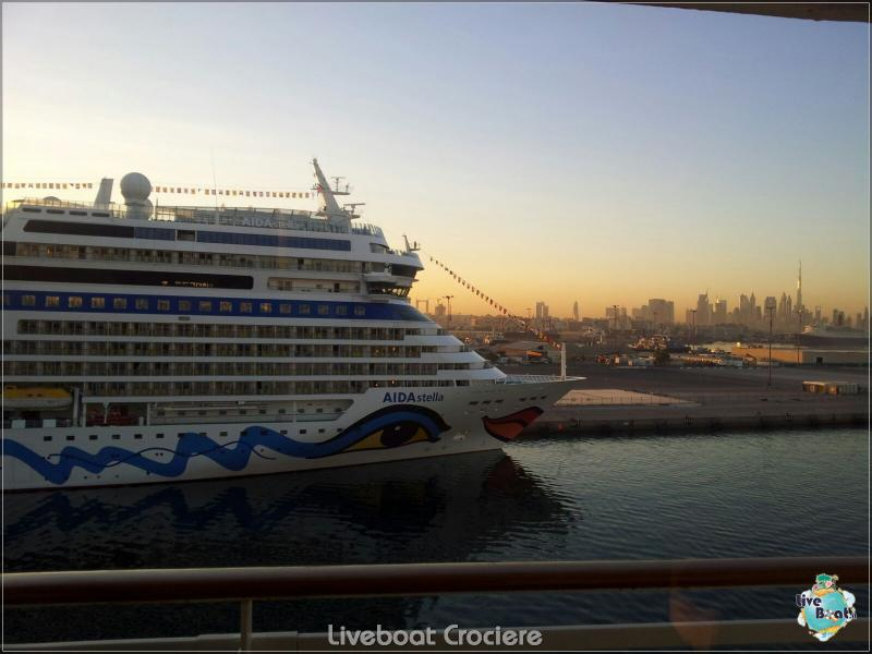 2015/12/18 Dubai - Sbarco Msc Musica-liveboat-001-crociere-msc-musica-dubai-jpg
