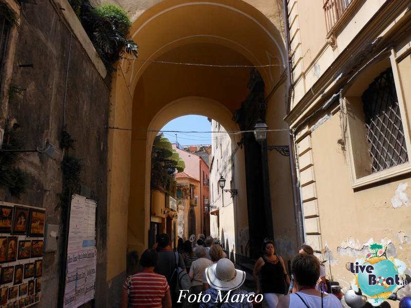 Cosa visitare a Napoli -Italia--18foto-liveboat-napoli-capri-pompei-sorrento-jpg