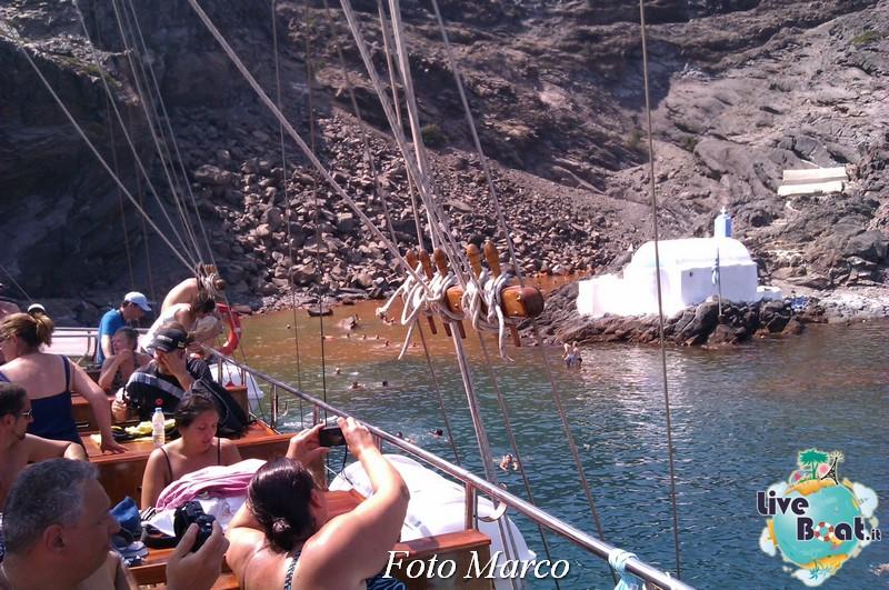 Cosa visitare a Santorini -Grecia--26foto-liveboat-santorini-nea-kalemi-jpg
