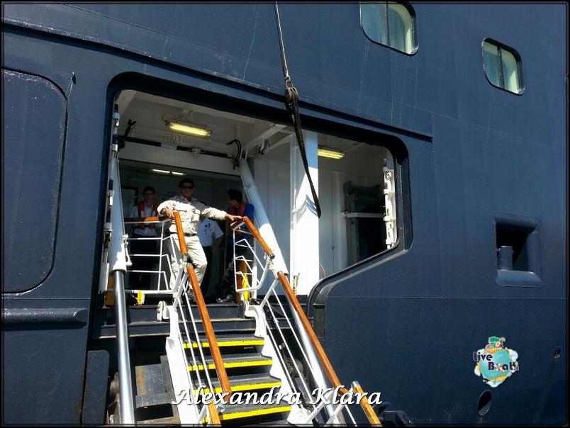 2013/09/06 Santorini  Ryndam-rientro-nave-santorini-grecia-diretta-liveboat-8-jpg
