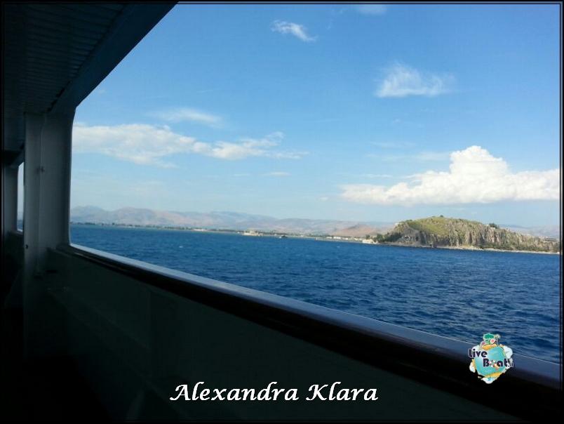 2013/09/06 Santorini  Ryndam-rientro-nave-santorini-grecia-diretta-liveboat-19-jpg