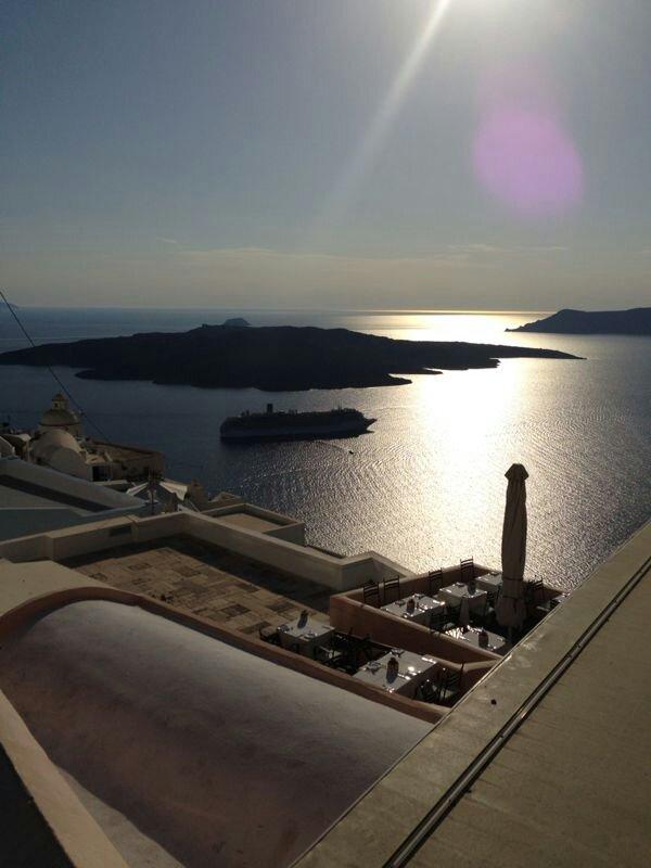 07/09/13 - Santorini-uploadfromtaptalk1378597194706-jpg