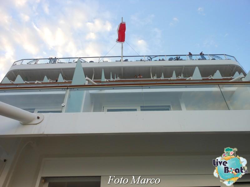Un esempio di cabina esterna con balcone di Eclipse-17foto-liveboat-celebrity-eclipse-jpg