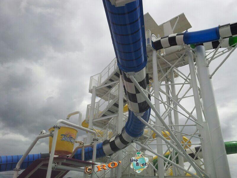 """""""Carnival WaterWorks"""", l'area scivoli di Carnival Sunshine-392-carnival-sunshine-liveboat-jpg"""
