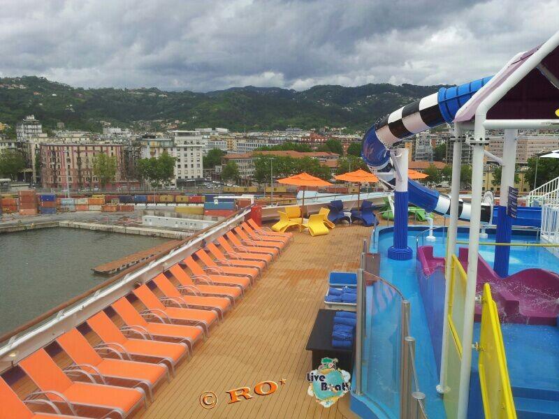 """""""Carnival WaterWorks"""", l'area scivoli di Carnival Sunshine-394-carnival-sunshine-liveboat-jpg"""