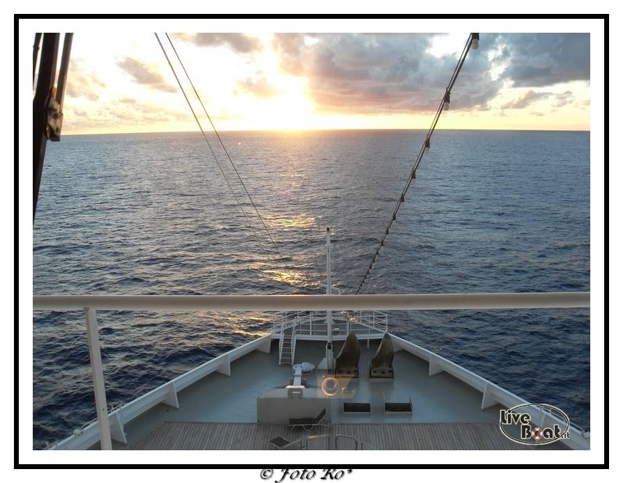 Le prore e le poppe foto  utenti liveboat-giorno-navigazione-009-jpg