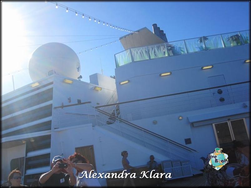 2013/09/06 Santorini  Ryndam-scalo-santorini-diretta-liveboat-crociere-21-jpg