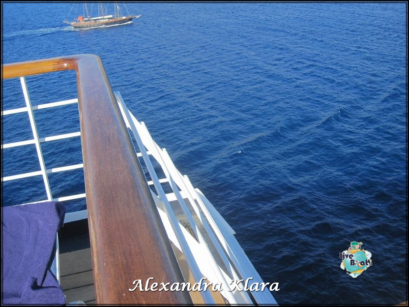 2013/09/06 Santorini  Ryndam-scalo-santorini-diretta-liveboat-crociere-25-jpg