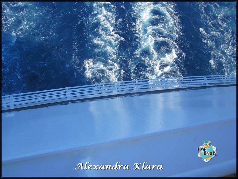 2013/09/06 Santorini  Ryndam-scalo-santorini-diretta-liveboat-crociere-52-jpg