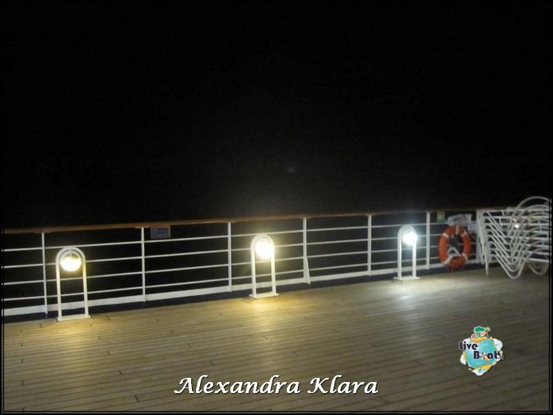 2013/09/06 Santorini  Ryndam-scalo-santorini-diretta-liveboat-crociere-72-jpg