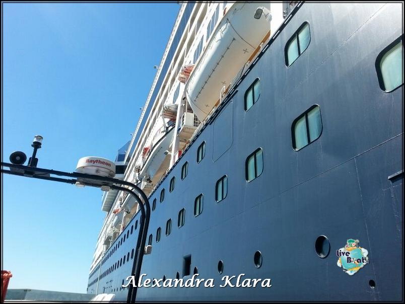 Foto Ryndam esterni-rientro-nave-santorini-grecia-diretta-liveboat-7-jpg