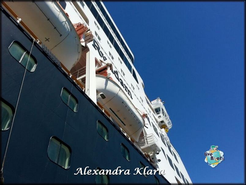 Foto Ryndam esterni-rientro-nave-santorini-grecia-diretta-liveboat-10-jpg