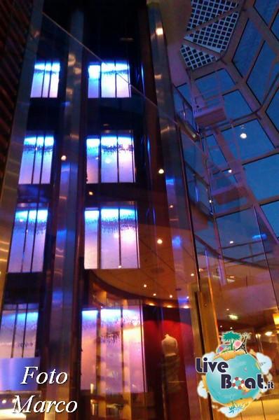 Grand Foyer di  Celebrity Silhouette-22foto-liveboat-celebrity-silhouette-jpg