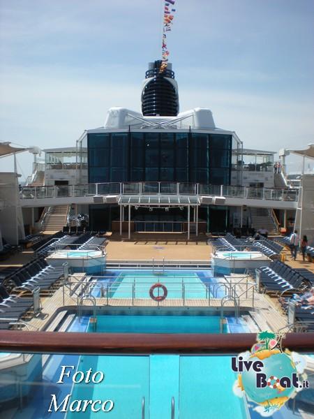 Ponte piscina scoperta Celebrity Silhouette-161foto-liveboat-celebrity-silhouette-jpg
