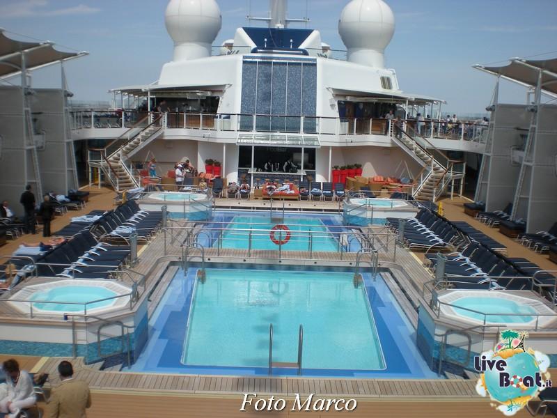 Ponte piscina scoperta Celebrity Silhouette-164foto-liveboat-celebrity-silhouette-jpg