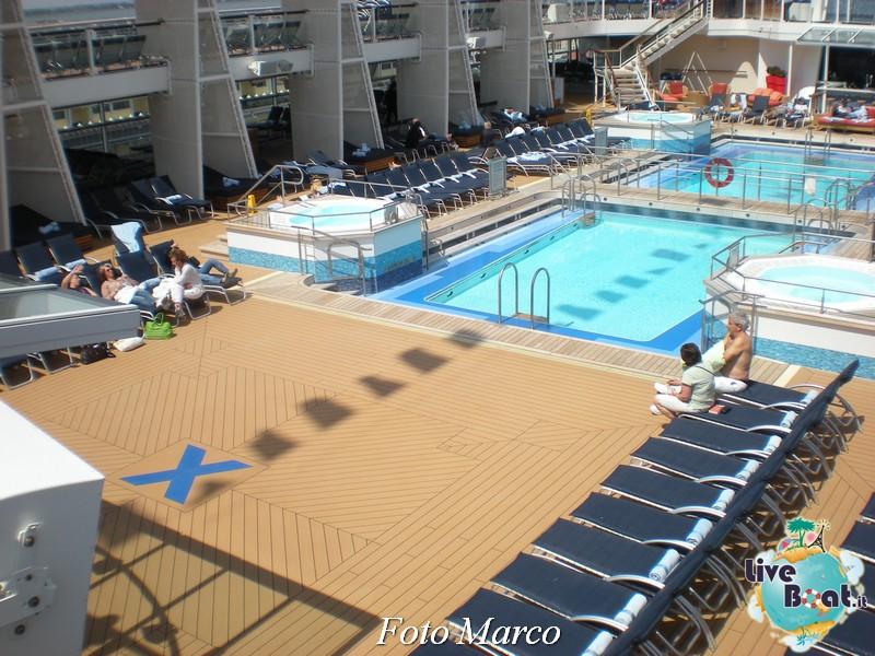 Ponte piscina scoperta Celebrity Silhouette-165foto-liveboat-celebrity-silhouette-jpg