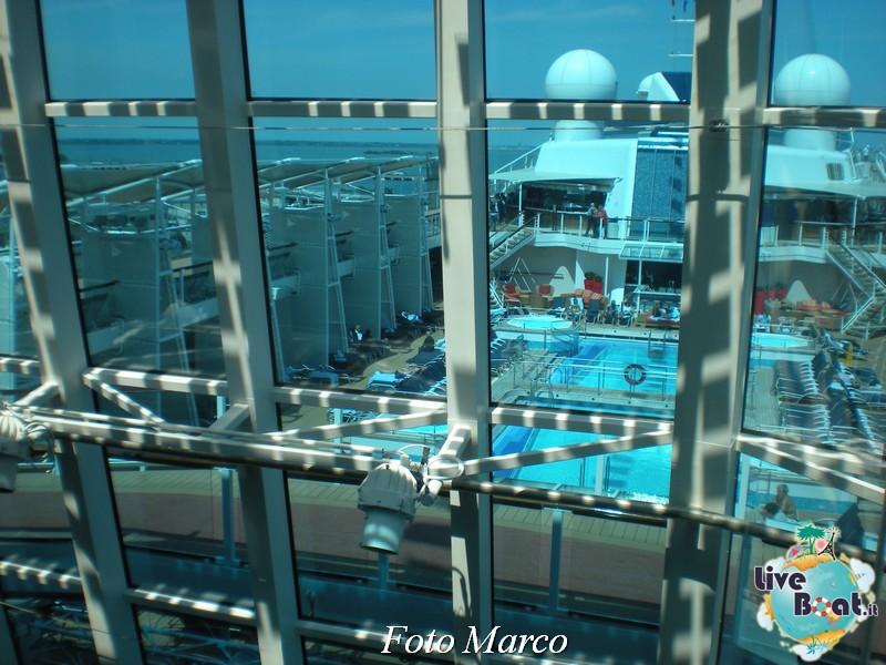 Ponte piscina scoperta Celebrity Silhouette-166foto-liveboat-celebrity-silhouette-jpg