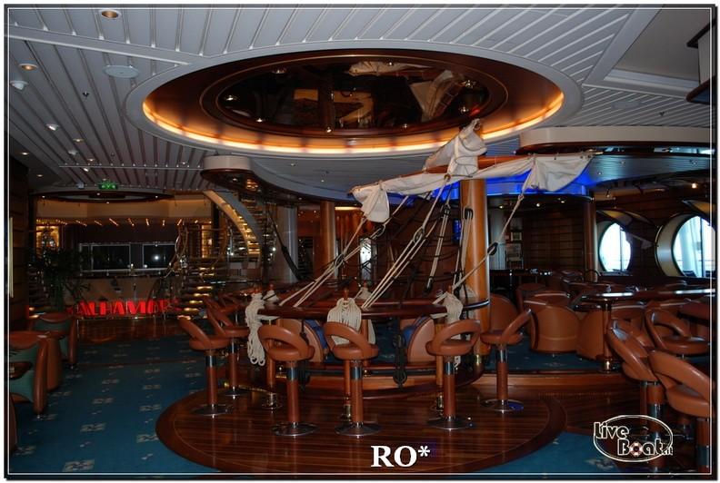 Lo Schooner bar di Independence ots-40foto-liveboat-independence-ots-jpg