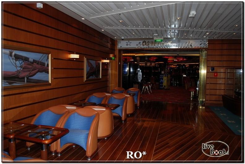 Lo Schooner bar di Independence ots-41foto-liveboat-independence-ots-jpg