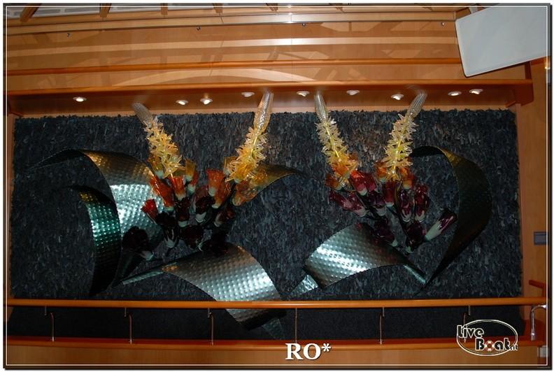 Il Bolero Lounge di Independence ots-45foto-liveboat-independence-ots-jpg