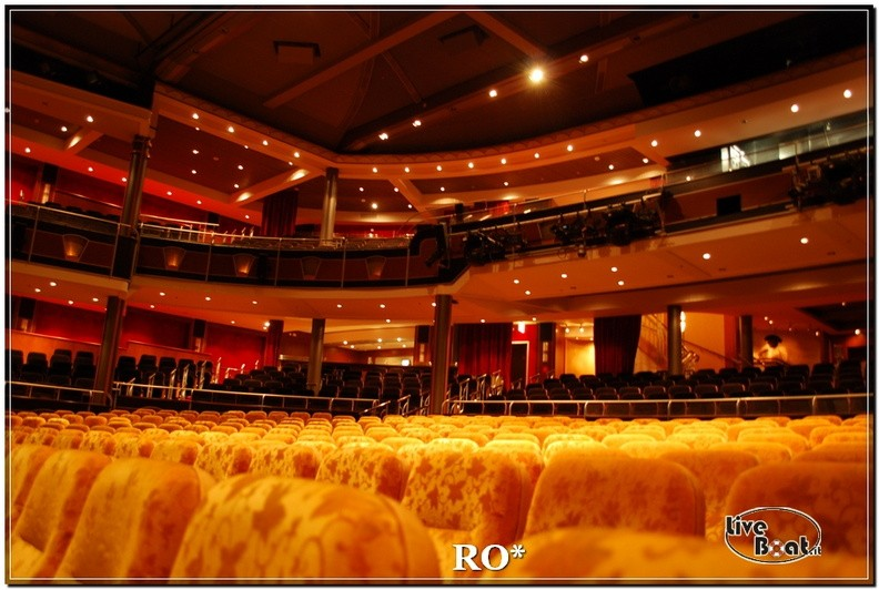 Alhambra Theatre di Independence ots-49foto-liveboat-independence-ots-jpg