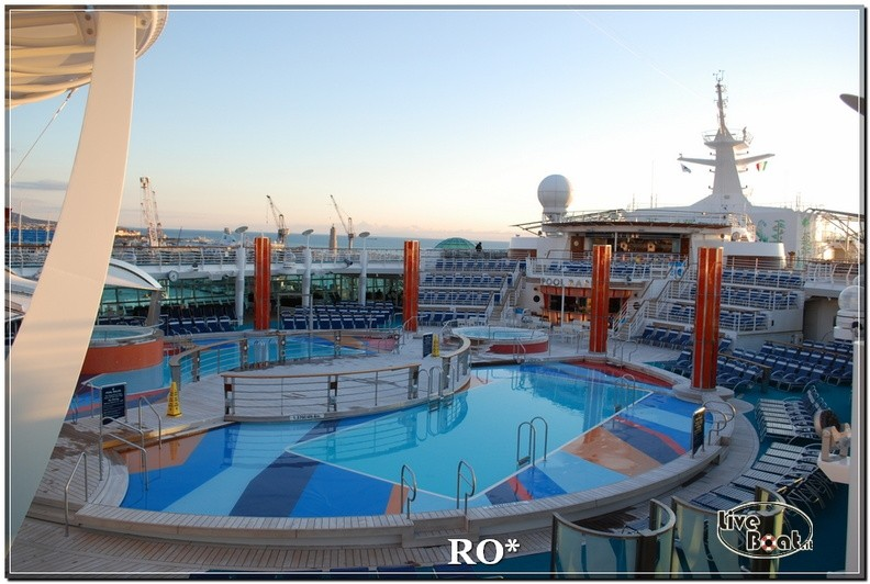 Il lido piscine e idro di Independence ots-79foto-liveboat-independence-ots-jpg