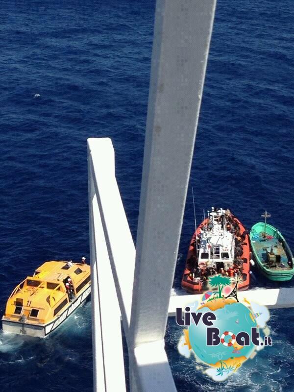 2013/09/26 Navigazione Costa Pacifica-2soccorso-mare-costa-paciifca-profughi-jpg