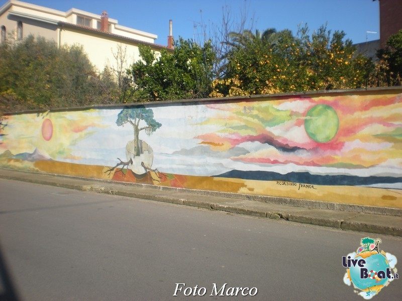 Cosa visitare a Cagliari -Italia--16foto-liveboat-cagliari-jpg
